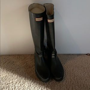 Hunter Boots Well Loved Size 10